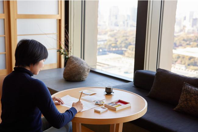 会えない人への想いをアートで伝える。画材ラボ「PIGMENT TOKYO」とのコラボレーションによる宿泊プラン「絵てがみ...