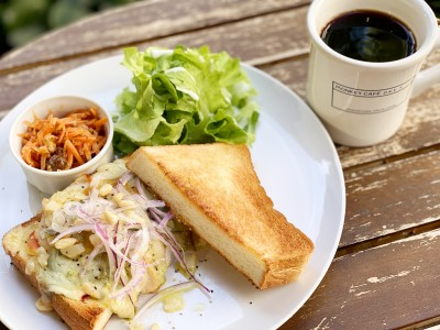 フレンチシェフ柏原敏宏さんプロデュース 代官山モンキーカフェ「珈琲と一緒に食べたいサンドイッチ」開始!