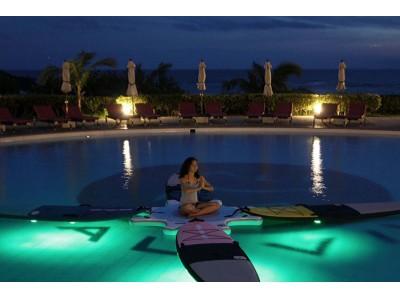 【ホテル日航アリビラ】自然を感じながらガーデンプールで行うアクティビティ SUP YOGA (サップヨガ) 2018年7月22日(日)より開催