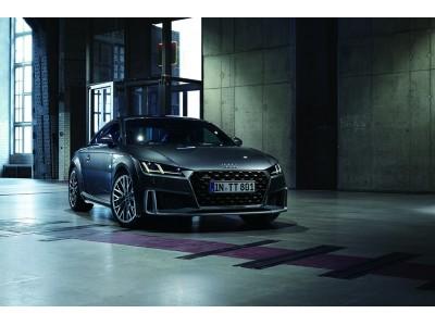 プレミアムコンパクトスポーツ Audi TT / Audi TTS を大幅に改良