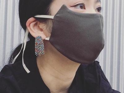 もう二度となくさない!忘れ物の多いうっかりさんのために開発した、ありそうでなかったネックレス一体型マスク「NEVER LOSE MASK」誕生。