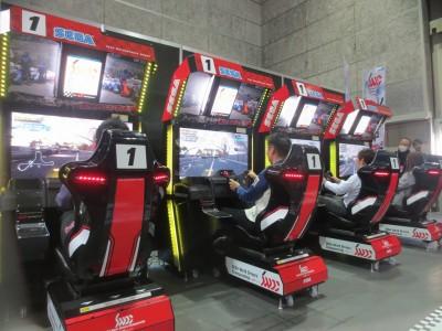 SUPER GT 鈴鹿ラウンドでアーケードゲーム「SEGA World Drivers Championship」を無料体験を実施!