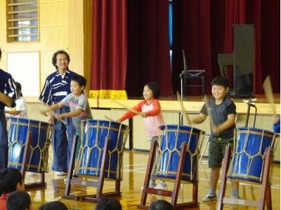 第13回「ふるさとプロジェクト」を沖縄県うるま市立彩橋小中学校で開催いたしました