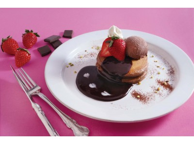 カフェ『ココノハ』から期間限定で、濃厚なチョコソースを使ったバレンタインパンケーキが登場!
