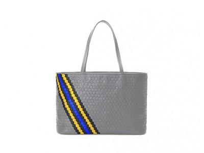 1000億以上のデザインパターンから世界に1つだけのバッグを生み出すECサイト『YUKIZNA&YOU』