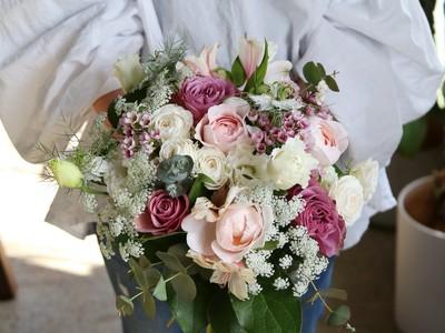 【母の日フラワーギフト】こだわりの花で日々の感謝を伝える