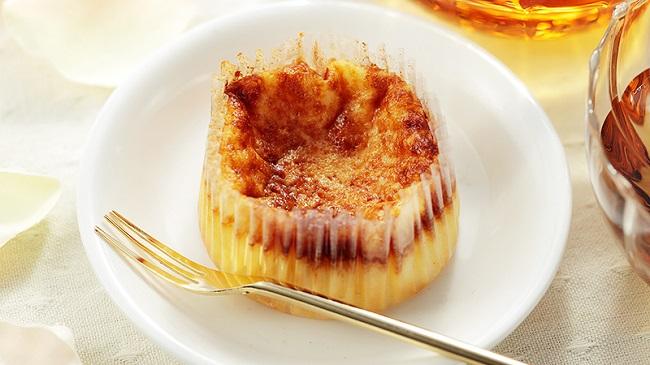 話題の「バスクチーズケーキ」が100円で登場!ローソンストア100、『ばすCHEESE』を1月22日... 画像