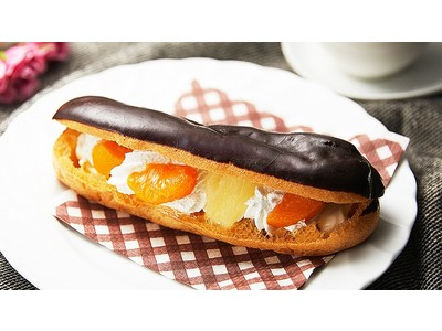 【ローソンストア100・11月の新商品情報<スイーツ編>】3種のフルーツをサンドした「ゴロッとフルーツエクレア」やブラウニーケーキ入りのチョコシュー「びっくり!ブラウニーシュー」などが新発売!