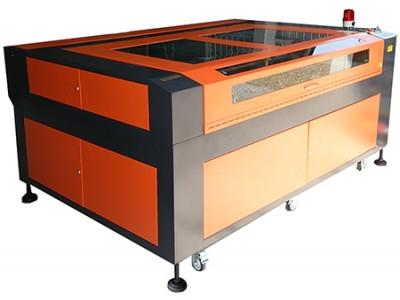 コロナ対策の強い味方!即納対応の大型CO2レーザー加工機 RSD-SUNMAX-GS1812-150W