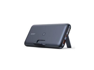 ワイヤレス充電対応20000mAh大容量モバイルバッテリー 「AUKEY PB-WL03」が新発売!スタンド機能付き、充電しながら視聴可能