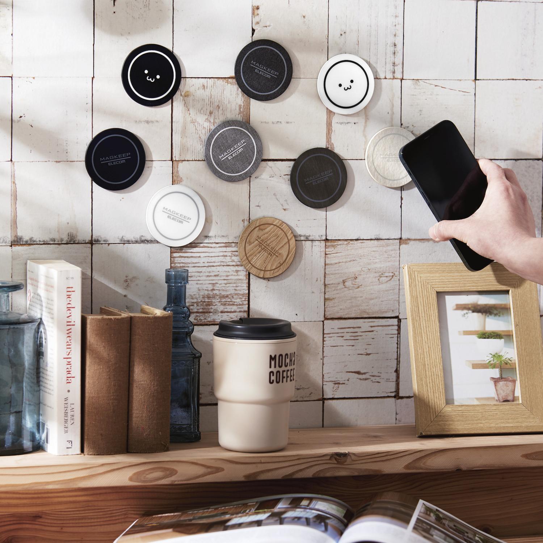 壁でも机でも、好きな場所にiPhone 12シリーズをくっつけられる!MagSafe対応マグネットステッカー 4タイプ 9アイテムを新発売