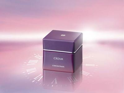 C'BON 55周年 記念製品時を超えて輝く肌へ。大人肌へアプローチする保湿クリーム「シーボン コンセントレートプラス クリームa」発売