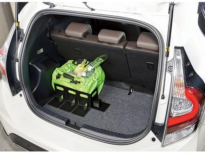 買い物袋をしっかりスタンド!「車の荷崩れ防止 まもりまストッパー」を1月26日より発売