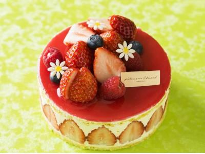 【ホテルメトロポリタン エドモント】 「パティスリー エドモント」旬のいちごを使った春の新作ケーキが登場