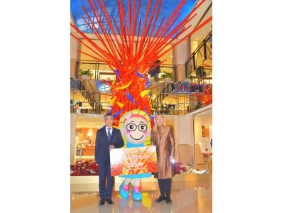 """スカイビルに""""花のクリスマスツリー""""が出現!「Flower Christmas 2018假屋崎省吾」スタート"""