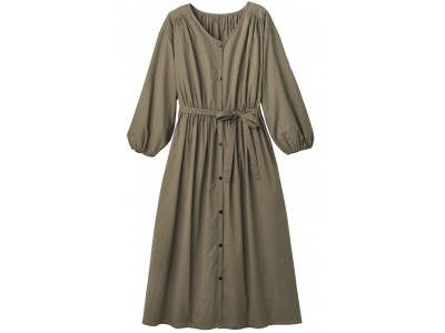 セシールが、1 着で様々な着こなしを楽しめるワンピースなどを発売