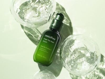 イニスフリーのNo.1*1導入美容液がリニューアル!緑茶乳酸菌*2を新たに配合し、潤いバリアをサポートする「グリーンティーシード セラム N」