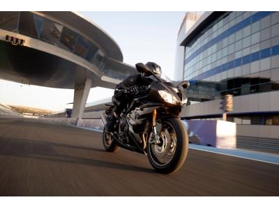 トライアンフ 新型DAYTONA Moto2(TM) 765 リミテッドエディ…