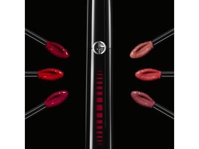 【新発売】アルマーニ ビューティからひと塗りで美しいツヤと鮮やかなカラーを叶えるエクスタシー ミラーが登場。