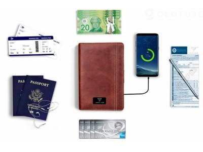 【入荷しました!】「iTravel Smart Wallet 2.0」大容量バッテリー内蔵の高性能な財布【スマートフォンのワイヤレス充電/身分証/イヤフォン収納】