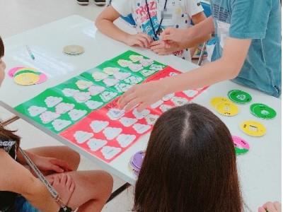 自治体初!うんこ先生が市役所職員向けに夏期講習!カードゲーム型SDGsワークショップ「うんこ先生と学ぶ!SDGs入門」相模原市役所にて職員向けワークショップ特別開催!