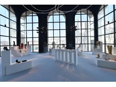 スチュアート・ワイツマン、ミラノファッションウィーク中に初の展示会 Museo del Novecentoにて2019秋コレクションデビュー