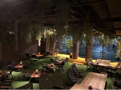 ほぼ野外!?都会にいながらコロナを気にせずキャンプ体験できるカフェの新業態「REWILD OUTDOOR TOKYO」が茅場町にオープン!
