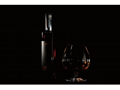 日本酒にヴィンテージという価値を。1本15万円の24年熟成酒『現外 -geng…