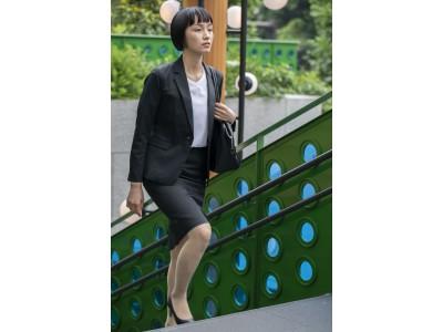 女性のスーツあるあるを解消、スーツに見える作業着「ワークウェアスーツ」から待望のスカートが登場!9月15日(日)から新発売