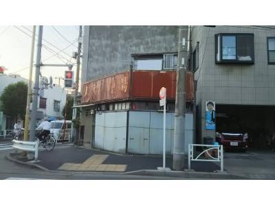 空き家がカフェバーに!株式会社ジェクトワンが墨田区京島3丁目の築98年の空き家を建て替えました。