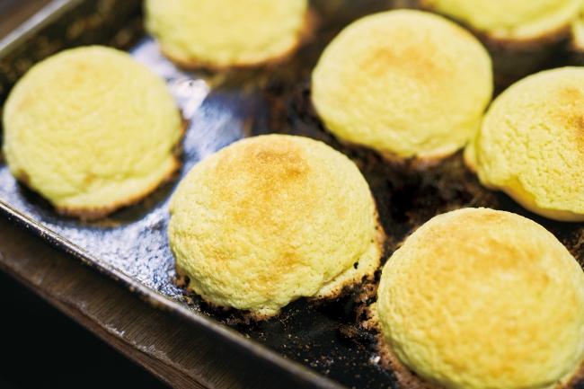 京都の老舗ベーカリー「GRANDIR(グランディール)」がメロンパン100円セールを開催