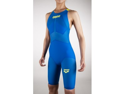 更に進化した『アリーナ』競泳用トップモデル水着 「アルティメット・アクアフォース X」を開発