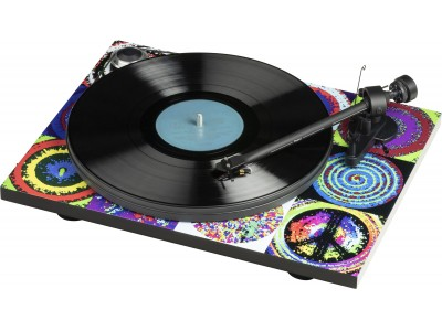 "[Pro-Ject 新製品] The Ringo Starr ""Peace & Love Turntable"""