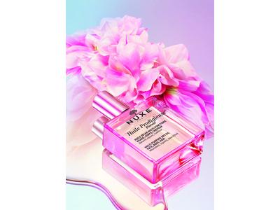 2021年2月24日(水)より先行発売開始! 仏発ナチュラルコスメティックブランド<ニュクス>から華やかなフローラルが香る美容オイル「プロディジュー フローラル オイル」がついに定番化!