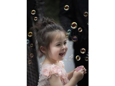 史上最年少のアンバサダー誕生!?比類なきエイジングスキンケア『フィアレス』のアンバサダーに、ブライトニングラインの名称と同じ名を持つ少女「ルクレツィア」が就任。