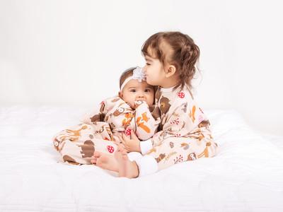 共働き先進国アメリカから進化型おくるみパジャマ「Sleeping Baby」が日本上陸!ママのお腹の中を再現して夜泣きを軽減