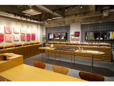 世界で初めてのハンカチーフ専門店 CLASSICS the Small Luxury 福岡大濠公園店をリニューアルオープン