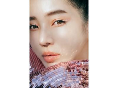 夢のコラボレーション!韓国の名だたるアイドルのメイクを手がけてきたメイクアップアーティストチョ・サンギと共同開発したアイグリッターが登場。