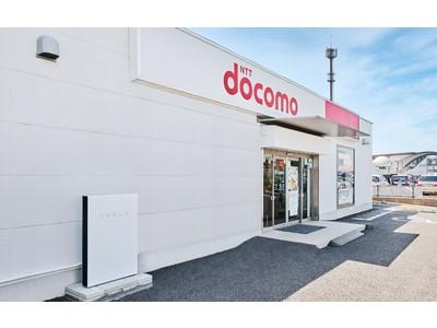 テスラ家庭用蓄電池 Powerwall がドコモショップ4店舗へ導入。