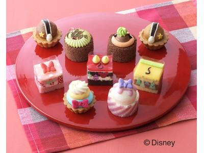 銀座コージーコーナー、12月3日にディズニーデザインの新作「クリスマス」限定プチケーキセットを発売