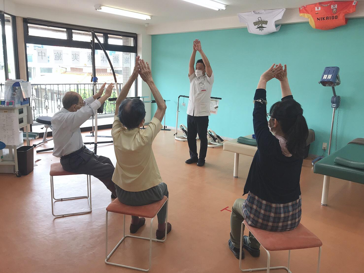 【地域貢献】堺整骨院 志免院で体操教室が開催されました!!