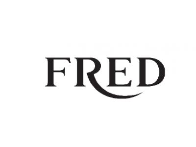 フレッドのアイコニックなコレクション「フォース10」にクリスマスシーズンにふさわしい「ブラック&ホワイトダイヤモンド バックル」が登場