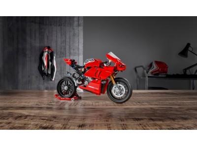 レゴ(R)テクニックシリーズ最新のオートバイモデル登場 レゴ(R)テクニック ドゥカティ パニガーレ V4 R