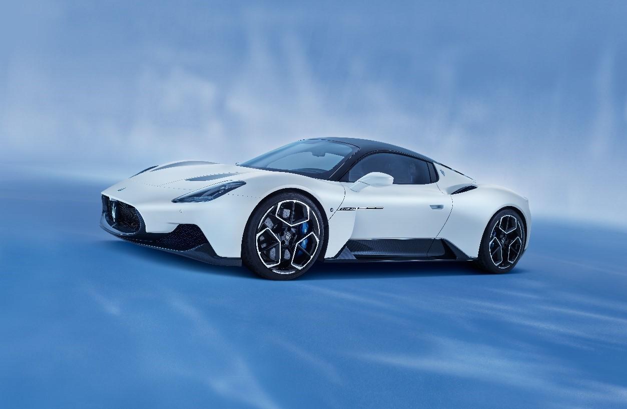 """第36回 国際自動車フェスティバルにおいて マセラティMC20が""""最も美しいスーパーカー 2021""""を受賞"""