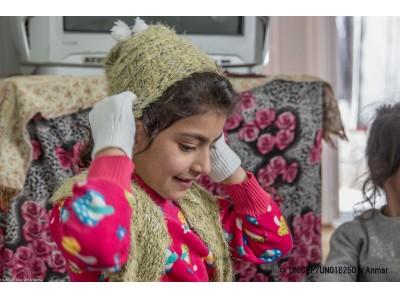 イラク:洪水と厳寒に晒される子どもたち。ユニセフ、16万人以上に冬服を提供【プレスリリース】