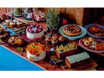 """""""NEW OPEN"""" 海外にいるかのような空間とSNS映え間違いなしのデコレーションケーキが並ぶカフェ「CROSSROAD」《4月24日》青山骨董通りにグランドオープン"""