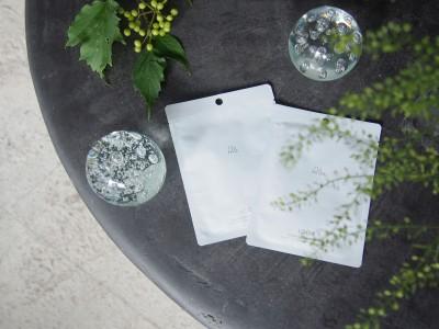 湧き水や純米酒、北海道産の美容成分をたっぷり配合自然由来成分98%の贅沢な一枚「Sakeフェイシャルマスク」7/22(水)より発売