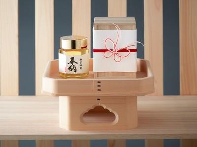 伊勢神宮へ捧げる最高級のはちみつ。HACCI 奉納蜂蜜 国産枇杷、数量限定発売。