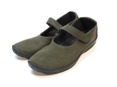 ヨーロッパの知恵と技術・美しさが詰まったハンドメイドシューズブランド、ARCOPEDICO(R)︎より新作が発売されます!本当に履きやすい快適な靴に、皆様は出会えていますか?