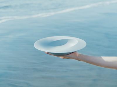 こだわりがある人の普段使い食器【ARAS】第三弾『深皿スクープ』『カレースプーン』『れんげ』  3月5日(金)発売開始!